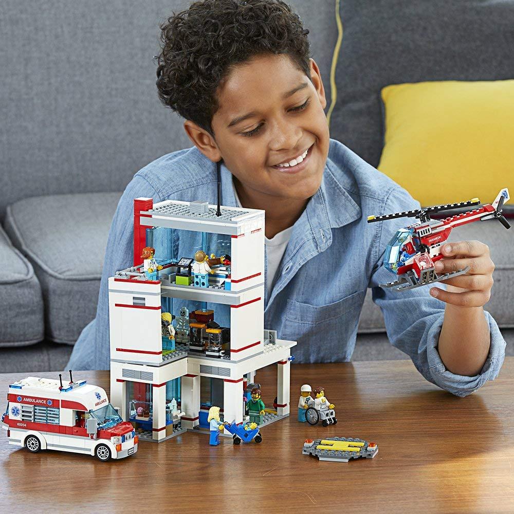 LEGO City - Hospital | Loja da Criança