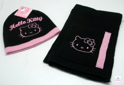 Conjunto Gorro + Cachecol Hello Kitty Black & Pink