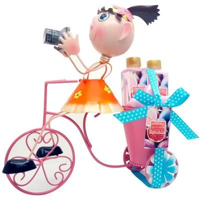 Conjunto higiene oferta Menina fotografa bicicleta
