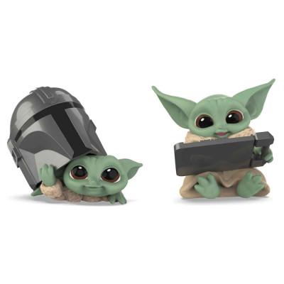 Star Wars The Mandalorian - The Child Helmet Peeking & Datapad Tablet