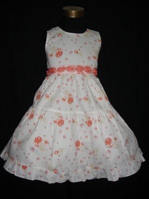 Vestido de verão branco e laranja
