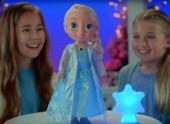 Boneca Elsa Frozen luzes mágicas e canta