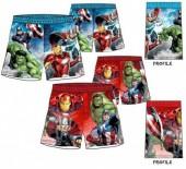 Calção bermuda dos Avengers