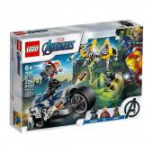 Lego Super Heroes Ataque dos Avengers em Mota Speeder 76142